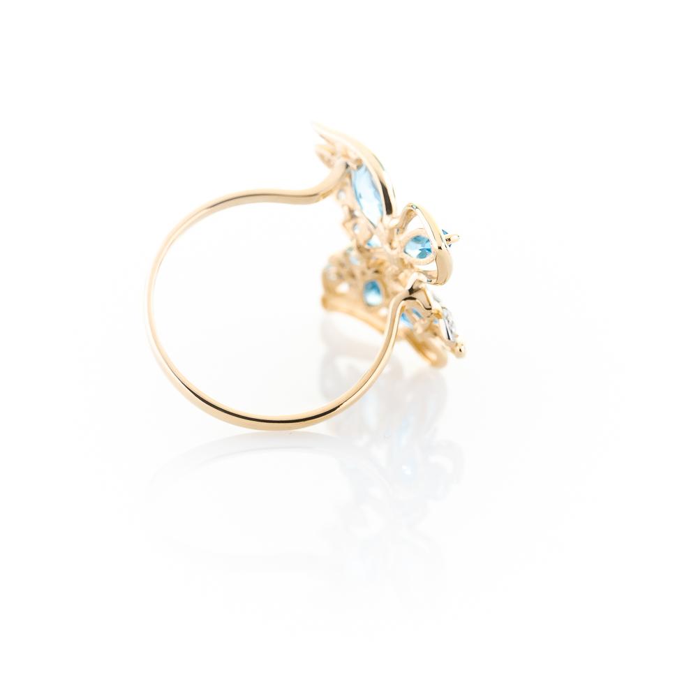 Кольцо «Бабочка» из золота с топазами и фианитами