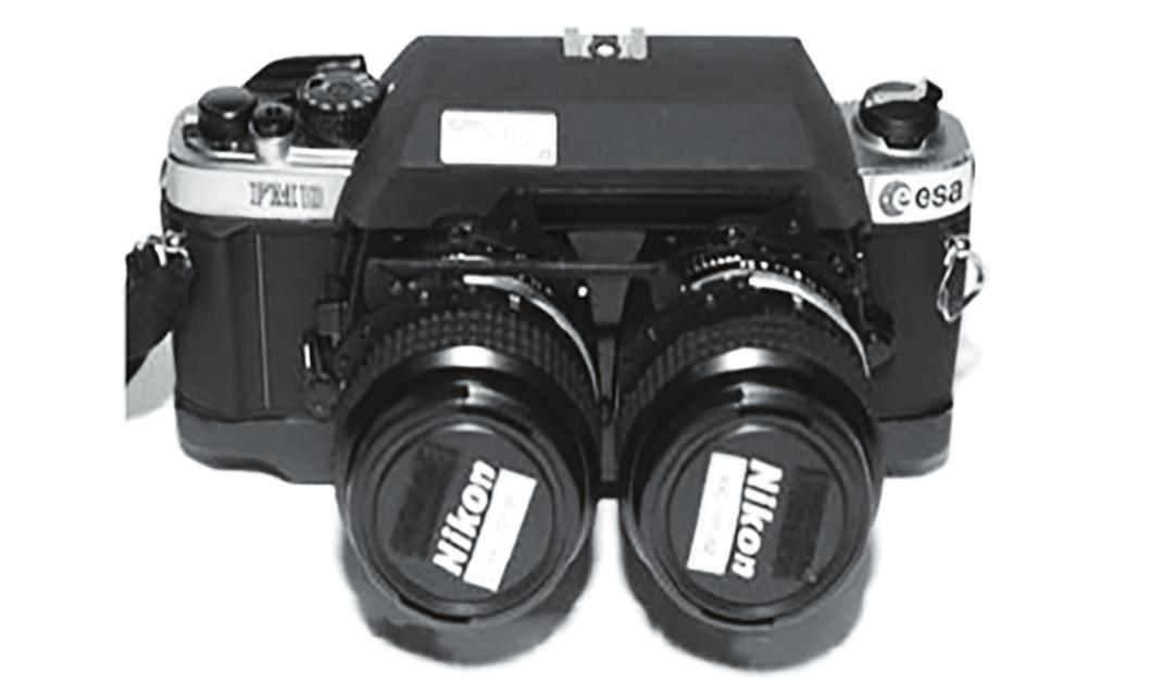 Рис. 3. Стереоскопическая фотокамера RBT 3-D SLR Camera X5 (фото ЕКА)