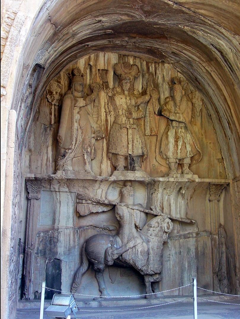 Figure 8. Taq-e Bostan (Kermanshah, Iran): Taq-e Bostan III and IV rock reliefs. (Source: photo P. Callieri, elaboration A. Eghra').