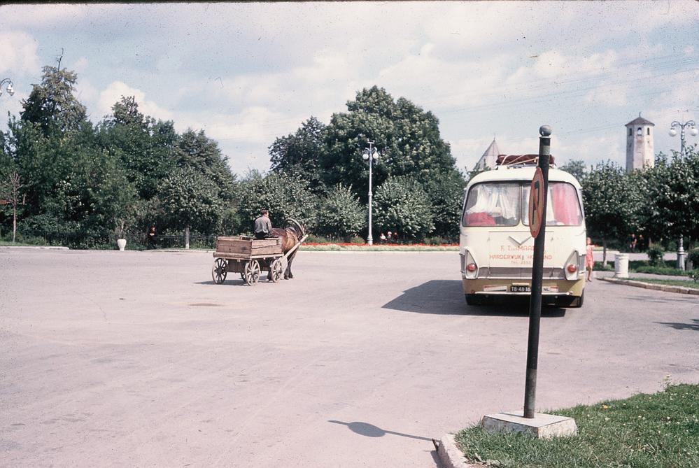 На парковке в СССР. Личный архив Джона Иннеса. 1960 г.