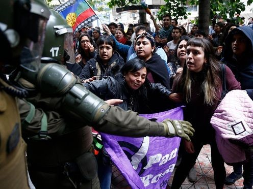 Волна массовых протестов…