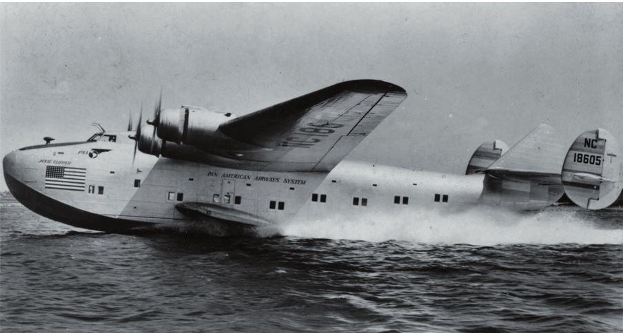 Рис. 7. Вылет В-314 из морского терминала нью-йоркского аэропорта в Европу