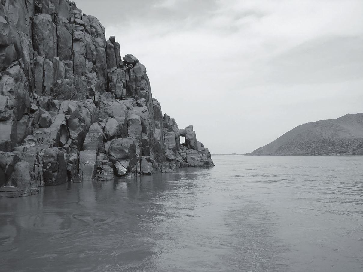 Рис. 4. Среднее течение реки Нил. Фото В. Брюханова