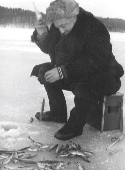М. А. Красносельский на зимней рыбалке