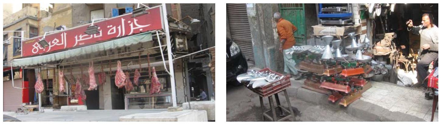 Фото 6 (a, b). Туши животных и жестяные изделия — неизменная составляющая каирской торговли (фото автора)