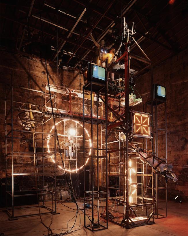 Рис. 2 Д.А. Терриен, Ритуальная механика (1990)