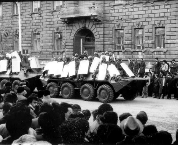 Ввод советских войск в Баку для подавления антисоветских выступлений, 20 января 1990 г.